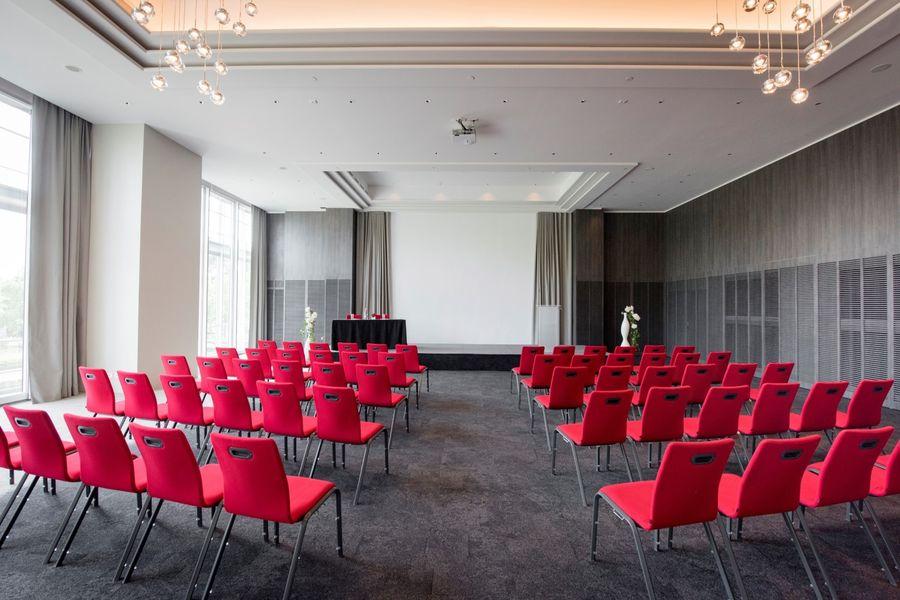Hôtel Marriott Lyon Cité Internationale - Salle en théâtre 4