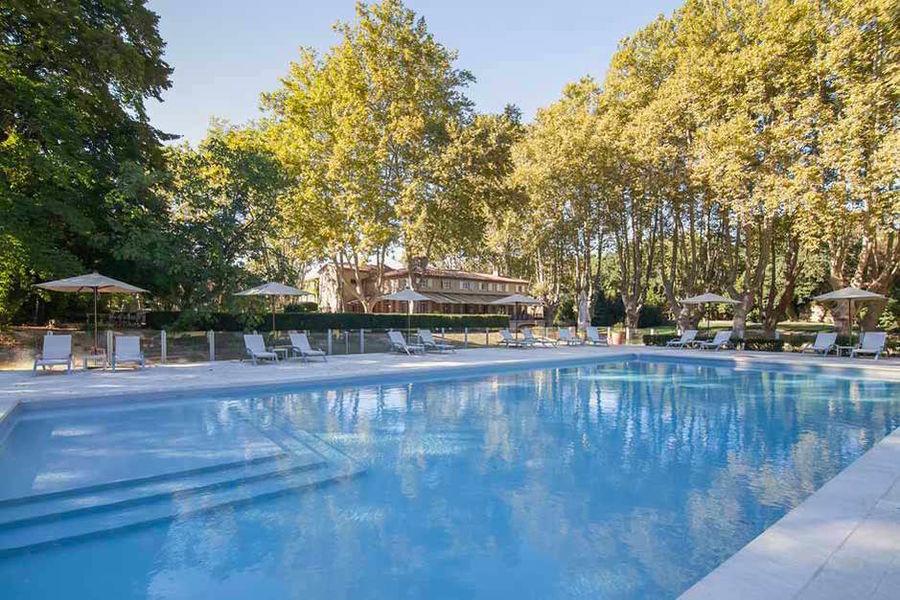 Moulin de Vernègues - La piscine