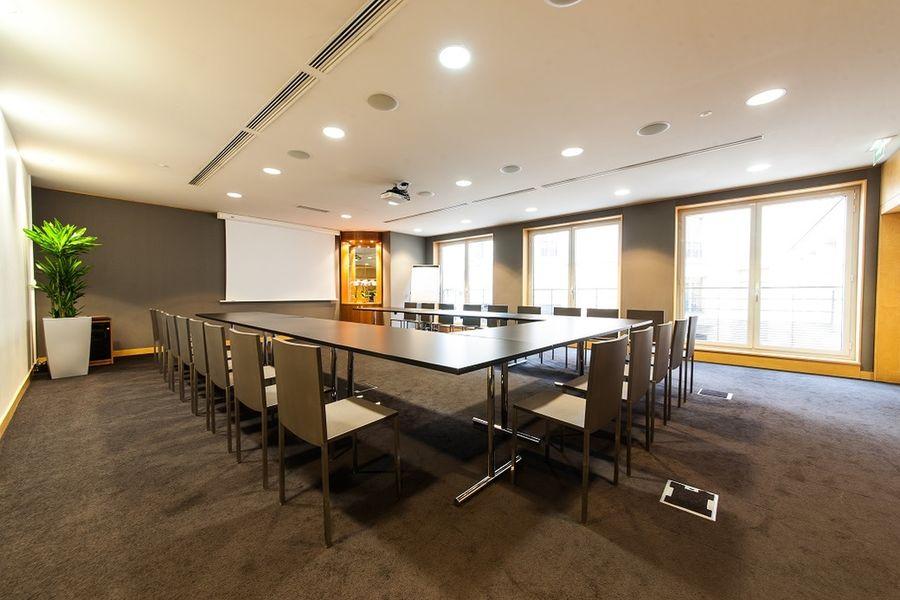Centre de Conférences Edouard VII - Salon Tokyo style U