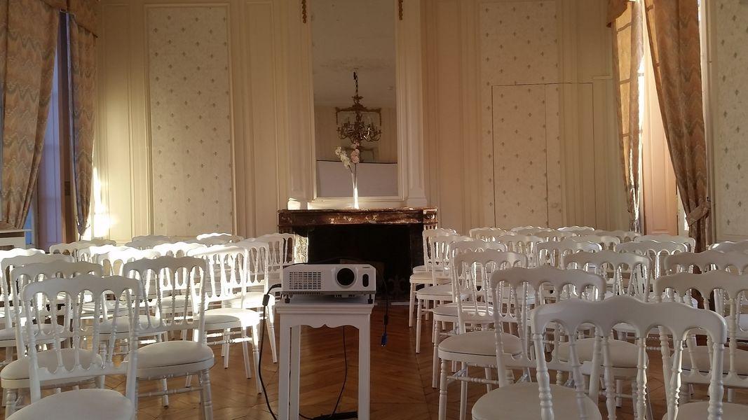 Domaine d'Euclide - Salle Bucéphale en configuration théâtre