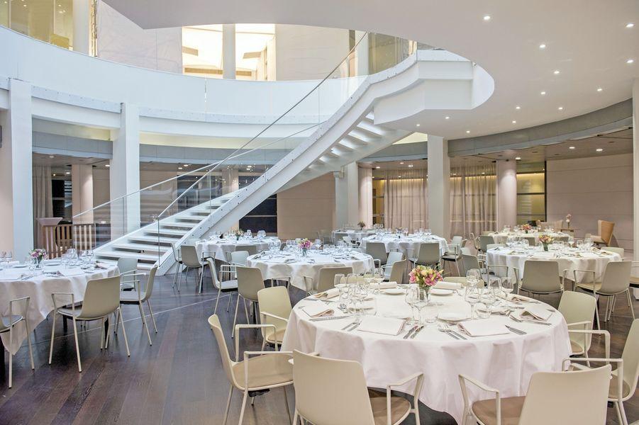 Etoile Business Center - Atrium