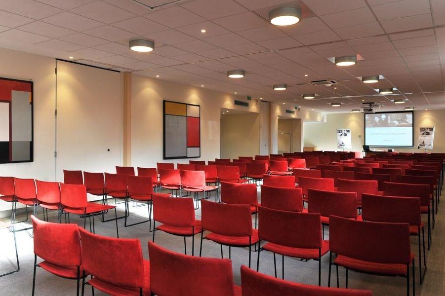 Mercure Maurepas Saint Quentin - Salle de séminaires modulables