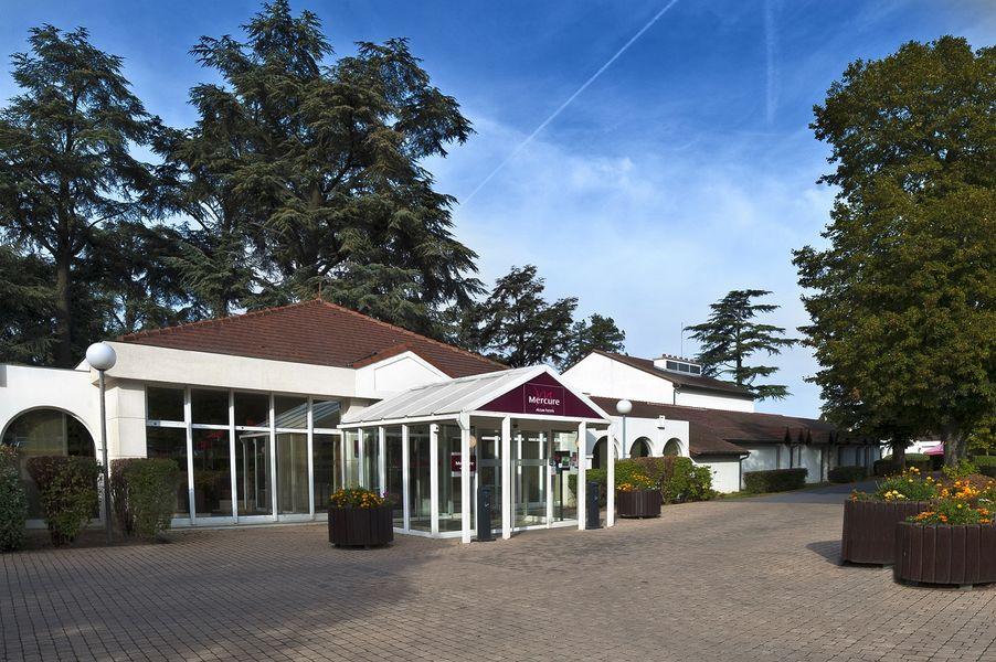 Hotel Mercure Parc du Coudray - Entrée