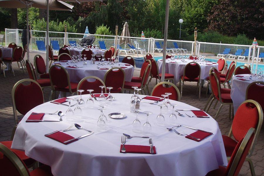 Hotel Mercure Parc du Coudray - Terrasse