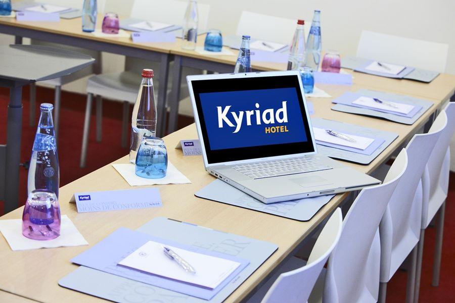 Kyriad Sud Porte d'Ivry - Salle de réunion