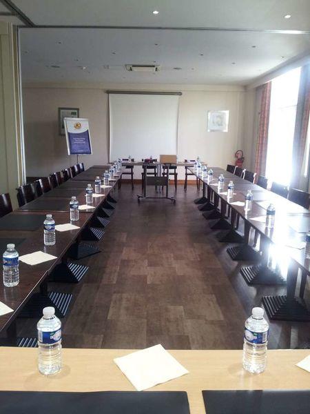 Kyriad Sud Porte d'Ivry - Salle de réunion 3