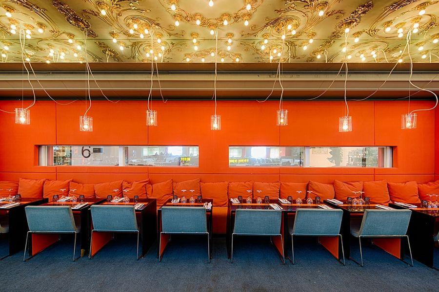 Brasserie Printemps - Tables dressées