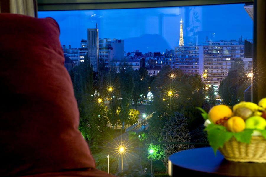 Radisson Boulogne - Chambre vue tour Eiffel