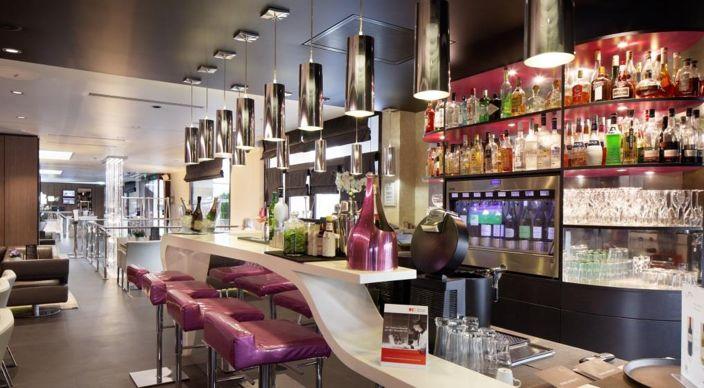 Holiday Inn Paris Saint Germain des Prés **** Bar