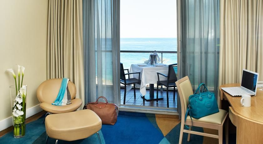 Radisson Blu HotelNice 8