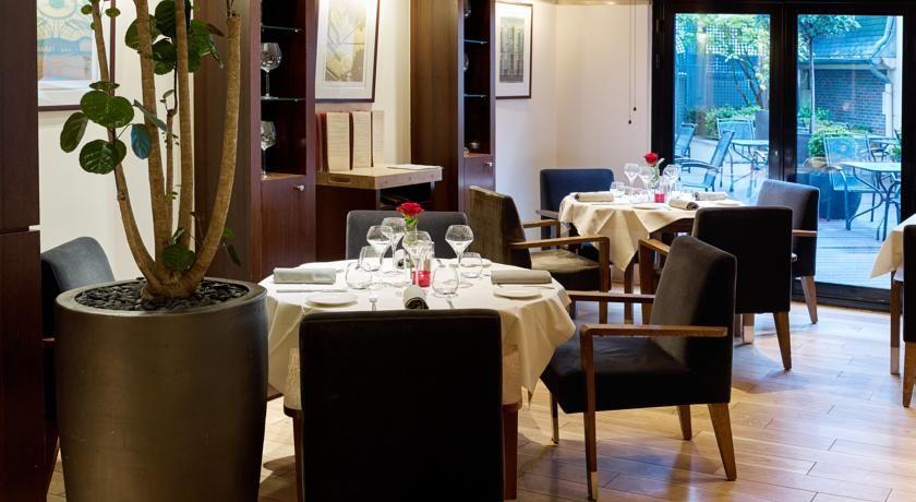 Radisson Blu Hotel Champs Elysees **** 17