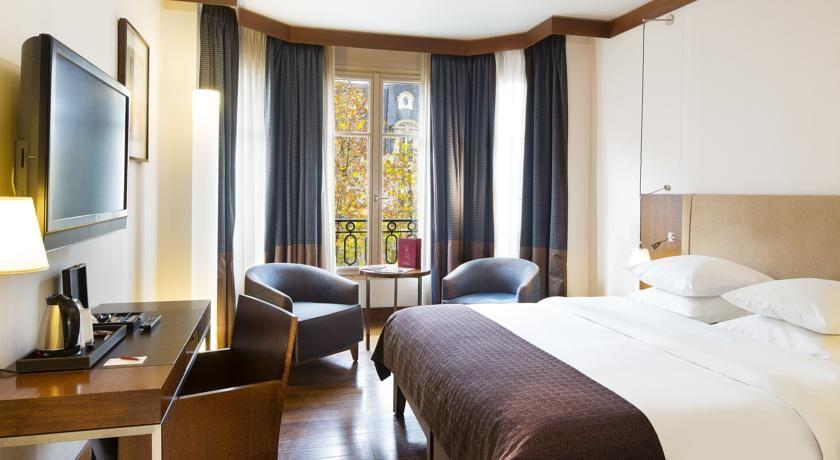 Radisson Blu Hotel Champs Elysees **** 34