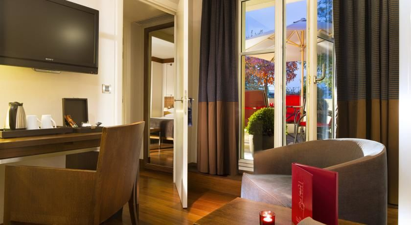 Radisson Blu Hotel Champs Elysees **** 43