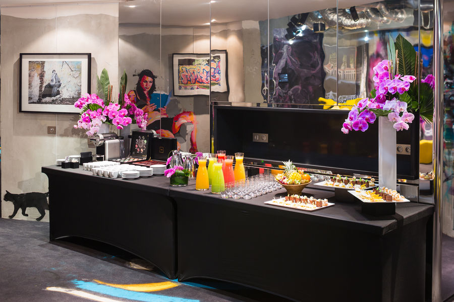 Molitor Paris by MGallery ***** Buffet