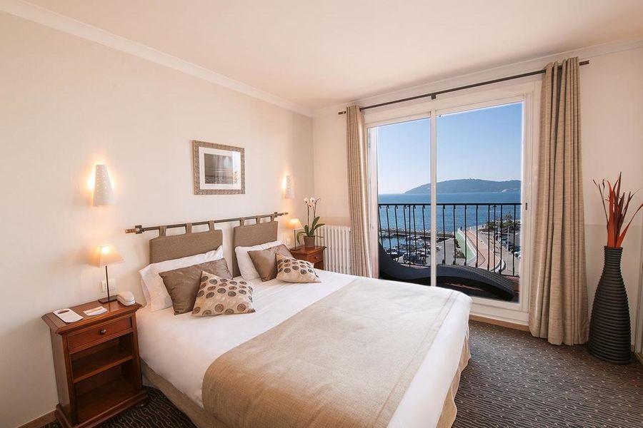 Best Western Plus  Hôtel La Corniche **** 4