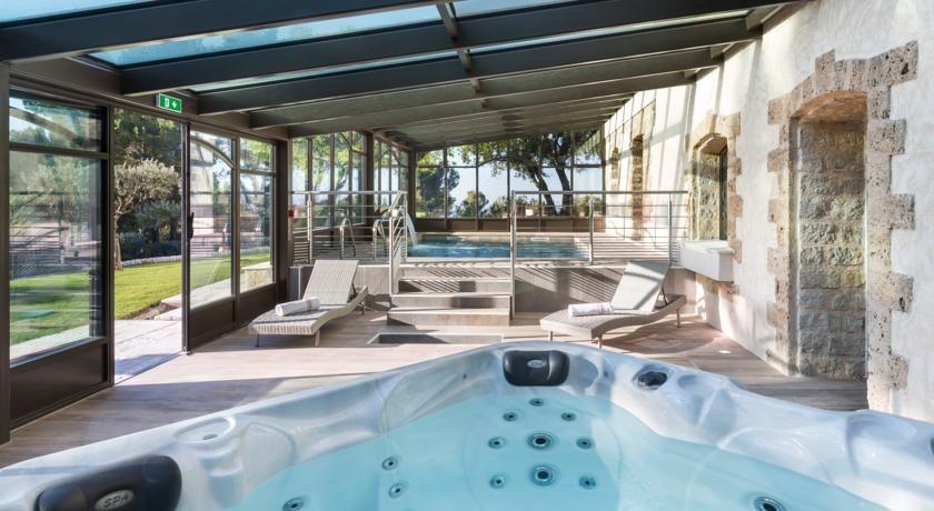 La Bastide de Tourtour Hôtel & Spa **** 4