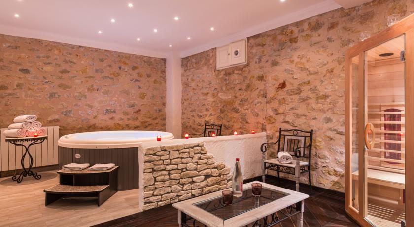 La Bastide de Tourtour Hôtel & Spa **** 26