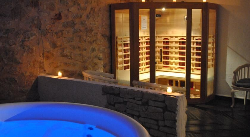 La Bastide de Tourtour Hôtel & Spa **** 29