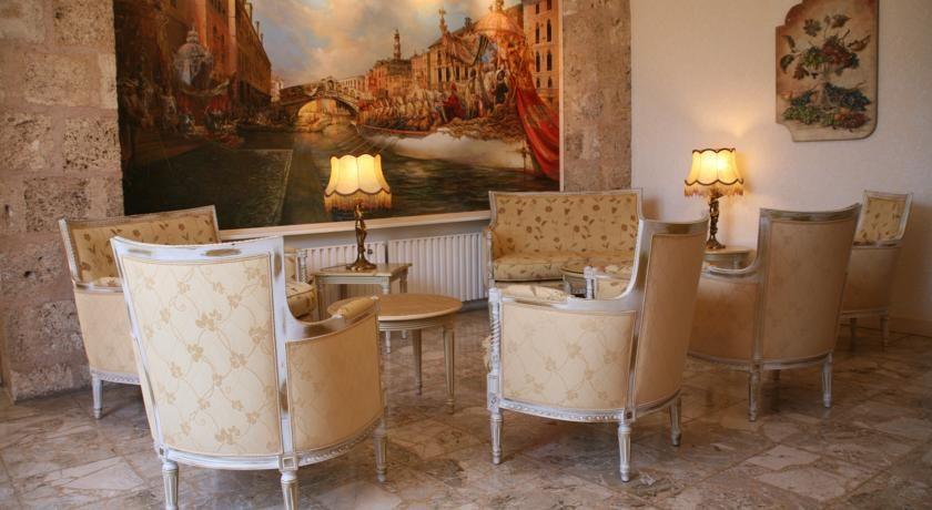 La Bastide de Tourtour Hôtel & Spa **** 40