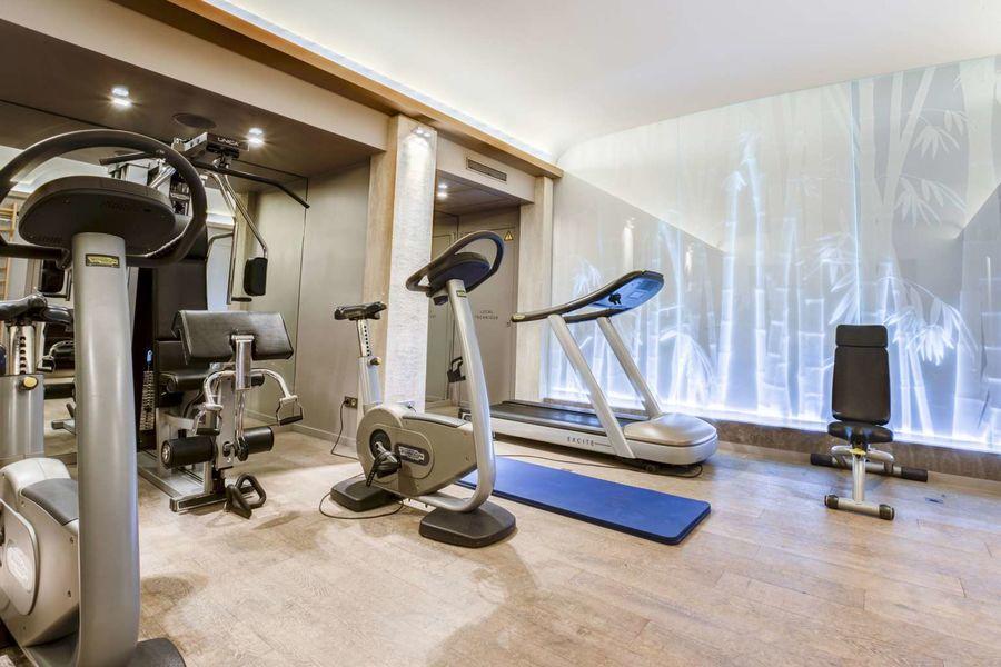 Le Pavillon de la Reine **** Salle de fitness
