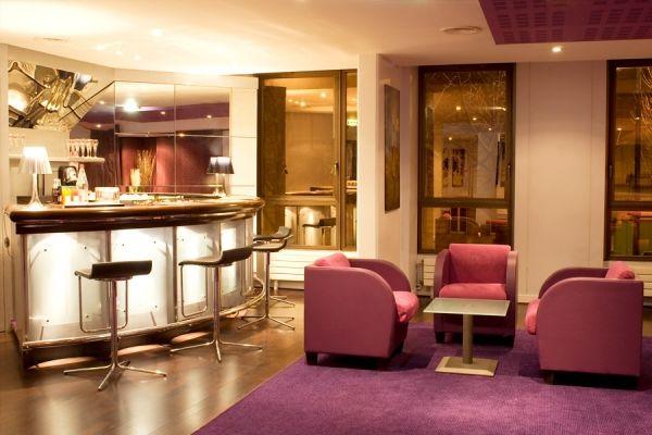 Eurosites George V Bar