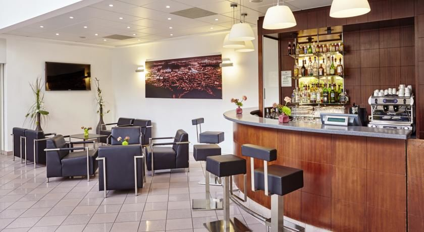 Holiday Inn Toulon City Centre **** 25
