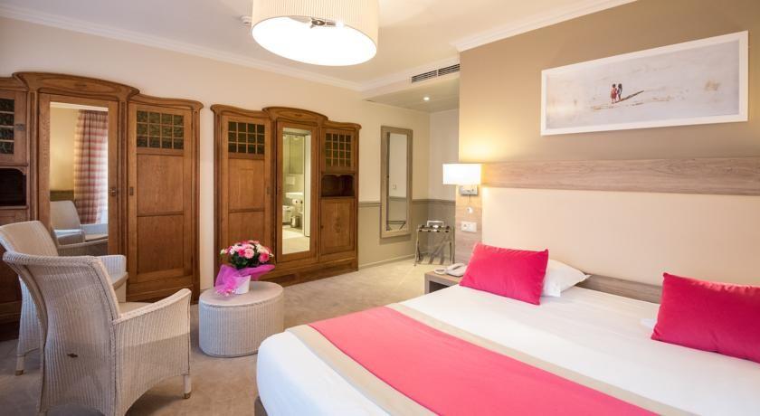 Hôtel Le Royal Westminster *** 28