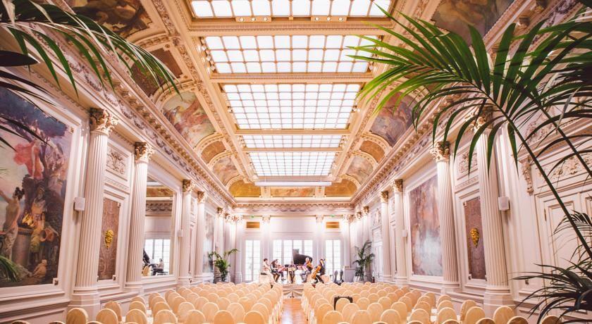 Hôtel du Palais ***** 32