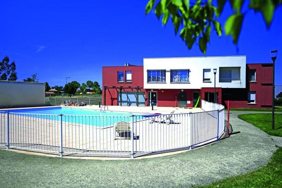 Appart'City Toulouse Aéroport Cornebarrieu*** Piscine