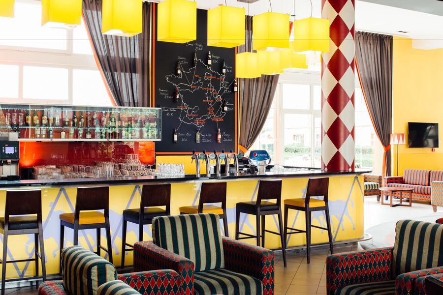 Vienna House Magic Circus **** 5