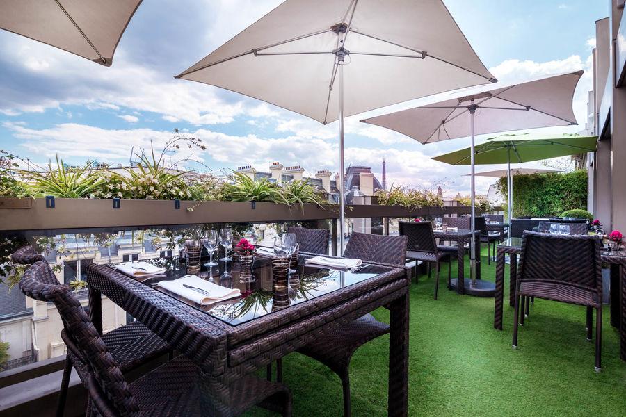 Warwick Paris Terrasse Bar Restaurant le W