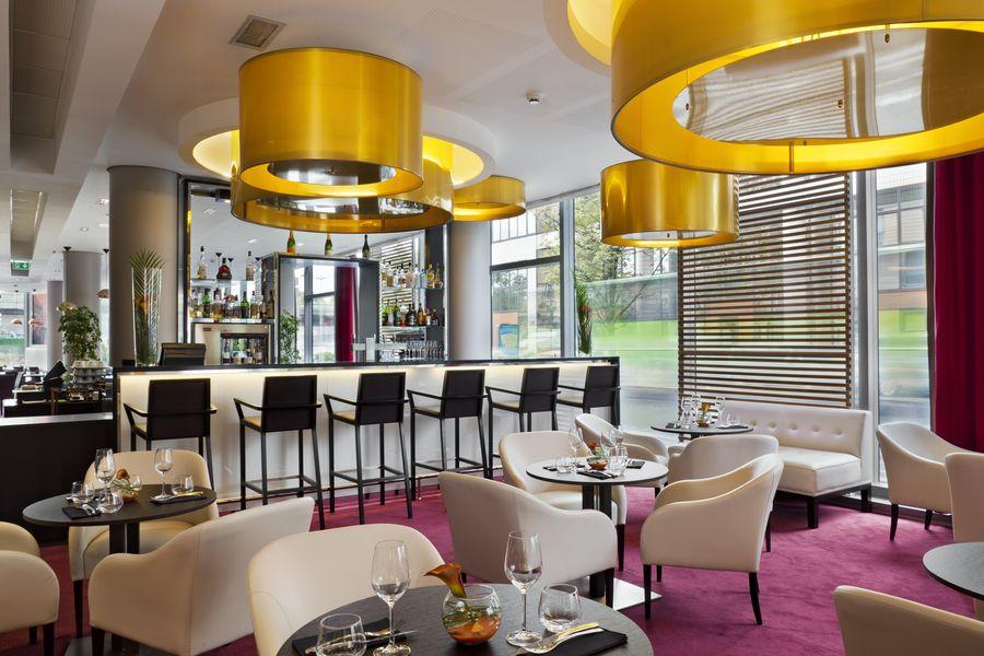 Holiday Inn Paris - Porte De Clichy **** Bar