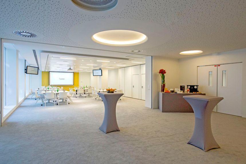 Cloud Business Center  19