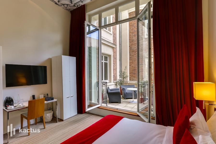 Hôtel Intercontinental Avenue Marceau ***** 52