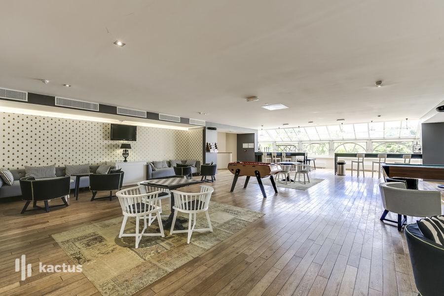 Domaine de Fremigny Lounge