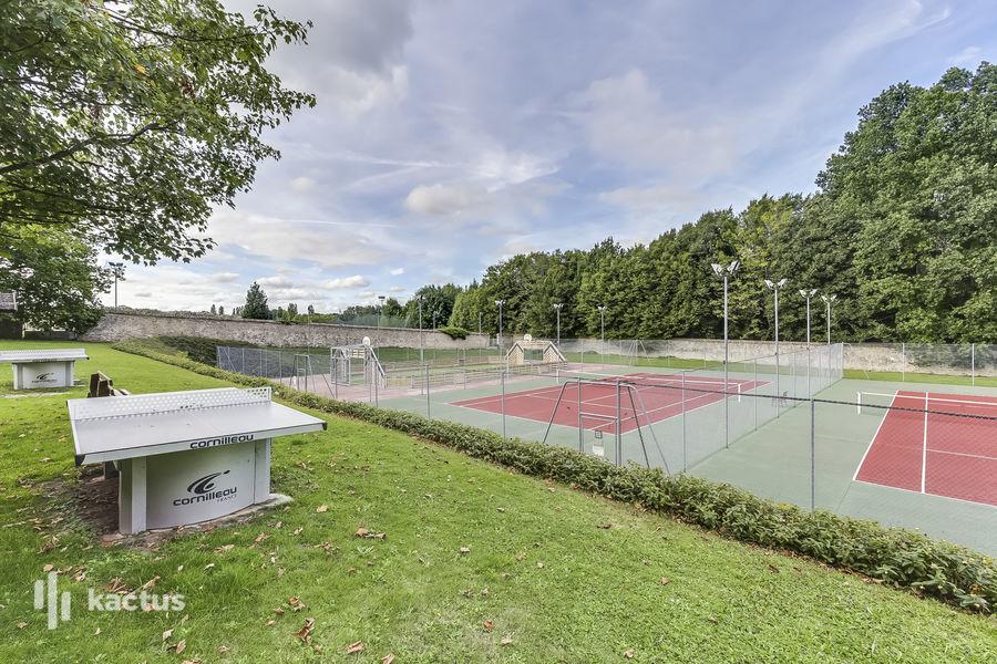 Domaine de Fremigny Tennis