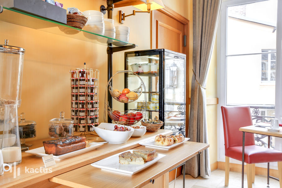 Hôtel Saint-Laurent *** Buffet