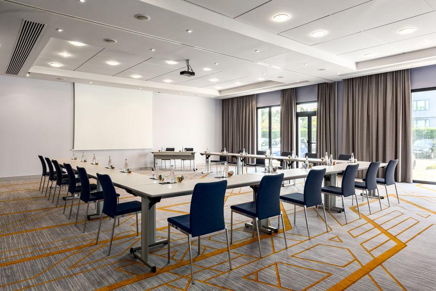 Paris Marriott Roissy Charles de Gaulle Airport Hotel **** Salle de séminaire