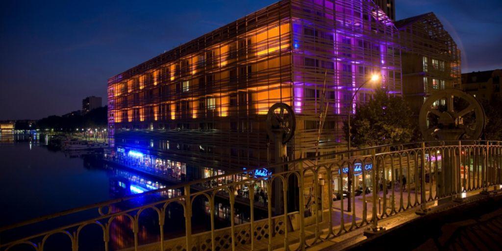 Holiday Inn Express Paris-Canal De La Villette *** Vue de l'extérieur