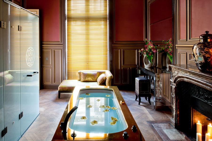 Buddha-Bar Hôtel Paris ***** Grande Suite Historique - Salle de bain