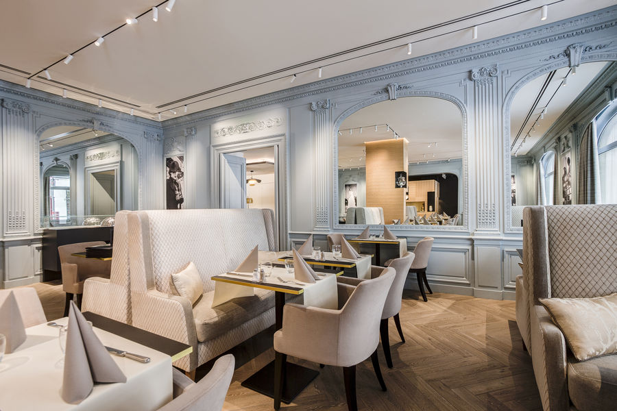 Hôtel Royal Saint Honoré **** Café 221