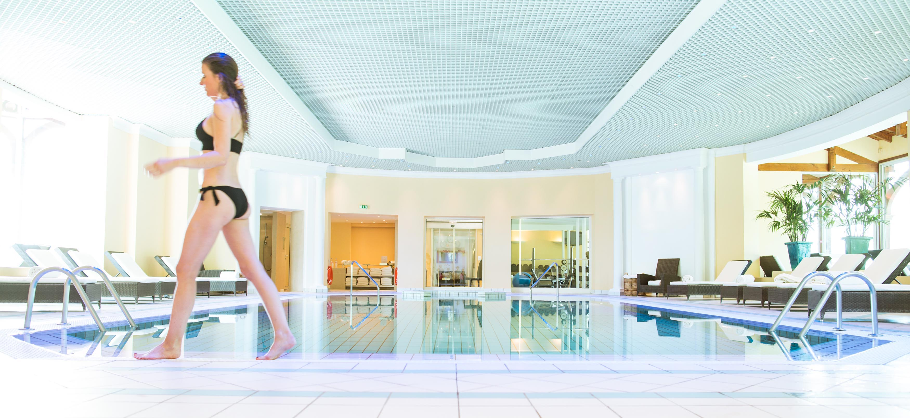 Hotel 5 toiles spa de luxe royal evian week end for Appart hotel 5 etoiles