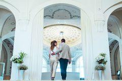 hotel-5-stars-palace-luxury-couple
