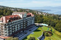 hotel-luxury-5-stars-palace-view-from-top