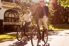 5-hotel-5-stars-palace-luxury-couple-sport-bike-2