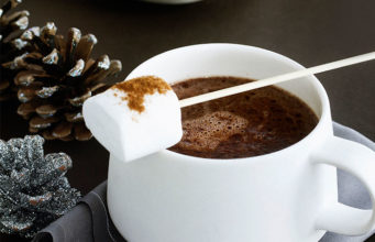spiced-christmas-hot-chocolate