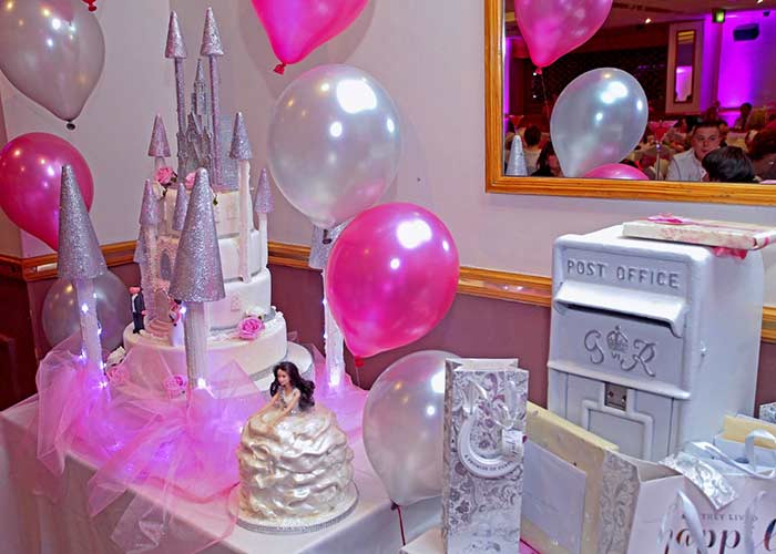 Glitzy:The 3Ft tall princess castle cake