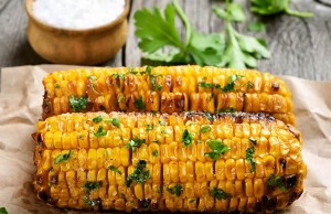 Spicy Corn Cobs with Herbs