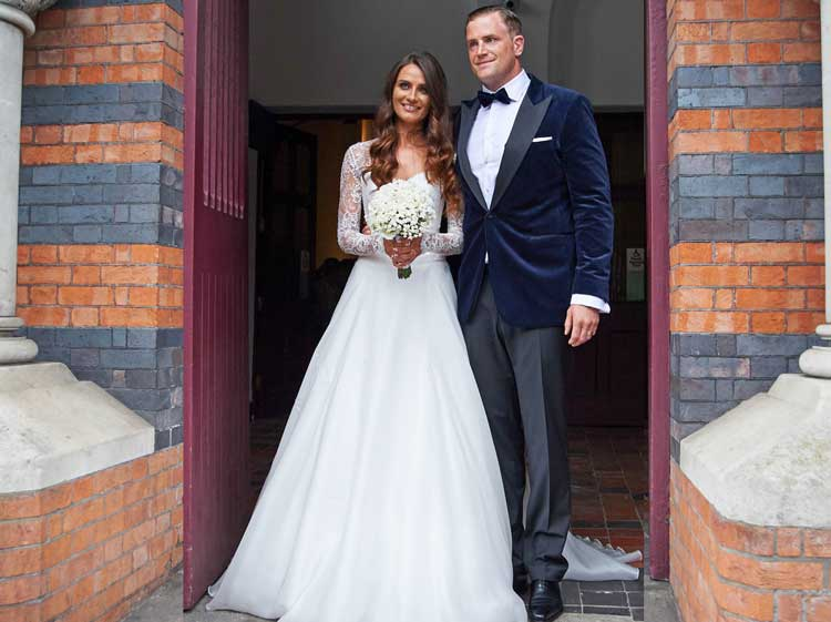 Celebrity Wedding Dresses Ireland : Rugby ace jamie heaslip is joined by team mates as he weds long time