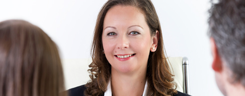 Karin Bacher im Gespraech